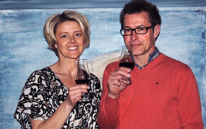 Vinentusiasterna Pernilla och Dick Thellmark i samarbete med Smak för mat