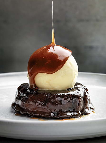 Sticky Toffee Pudding. Foto: Martin Botvidsson